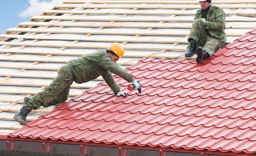 Safety shoes for roof works - Safetyshoestoday