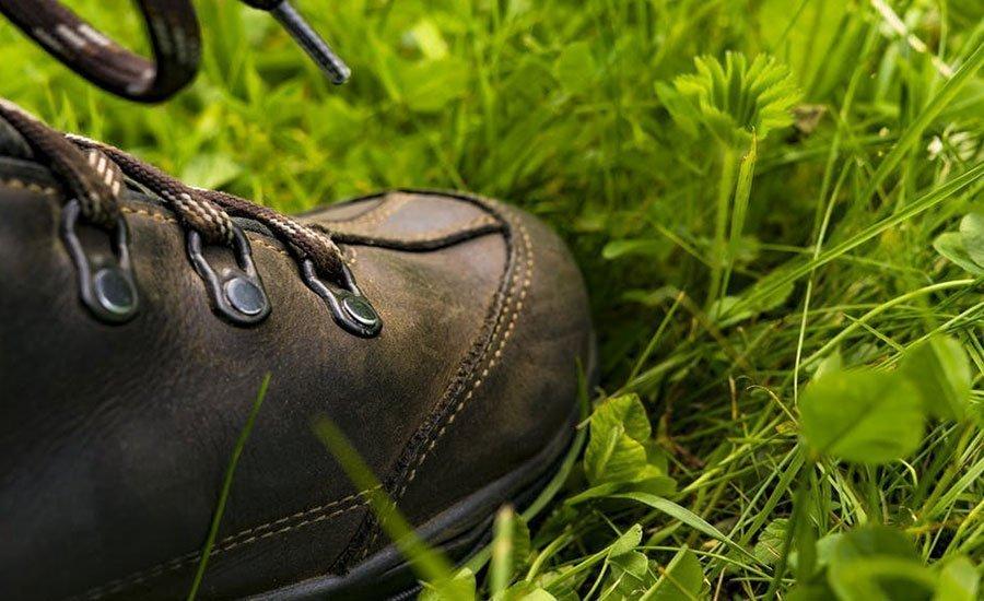 Come si indossano le calzature di sicurezza - Safety Shoes Today