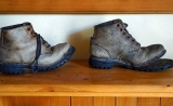 Types of rubber and polymeric materials for safety footwear