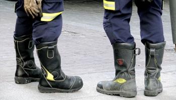 Sicherheitsschuhen für die Brandbekämpfung