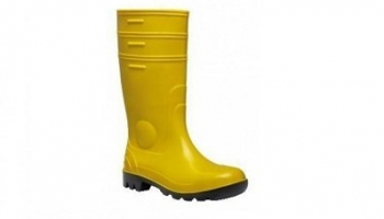 The best safety rain boots on Amazon